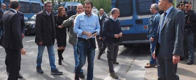 Salvini invita Grillo in piazza per il No. E attacca Mattarella: «È di parte»