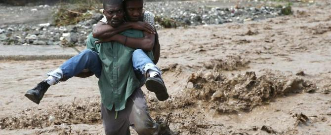 "Matthew fa strage ad Haiti e punta la Florida. Obama: ""Via o vi ucciderà"""