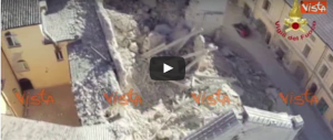 «È crollata»: la Basilica di Norcia vista dal drone dei Vigili del fuoco (video)