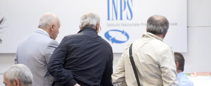 Pensioni di reversibilità a rischio. «Da Renzi provvedimento truffaldino»