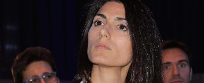 Bari, la sindaca Raggi contestata all'assemblea dell'Anci (video)