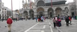 Venezia, drone di un turista si schianta contro il Campanile di San Marco