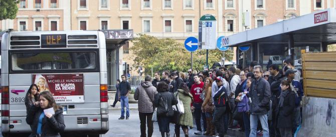 In autobus a Roma: un'esperienza che la signora Raggi dovrebbe (ri)fare