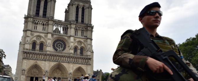 Parigi, le terroriste arrestate facevano le baby sitter per comprare le armi