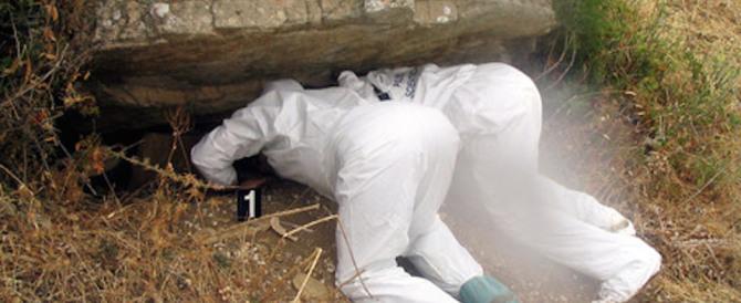 Teschi e ossa in una caverna: scoperto un cimitero di mafia nel Palermitano