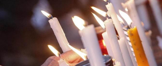 «Help Christians»: il Pirellone si illumina per i cristiani perseguitati
