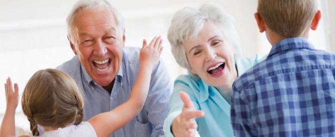 Arriva la Festa dei nonni. E l'Unicef prenota 350 piazze d'Italia