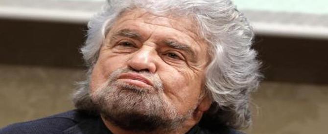 I carabinieri a casa di Beppe Grillo: avviso di garanzia per il caso di Genova