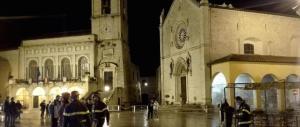 Terremoto: cade crocifisso Chiesa San Benedetto a Norcia