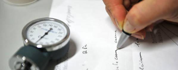 La Cassazione: il certificato del medico fiscale non giustifica l'assenza