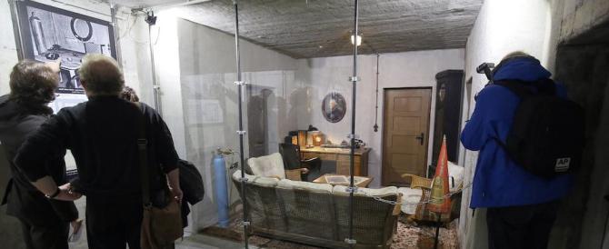 Un museo ricostruisce lo studio di Hitler. E scoppiano le polemiche