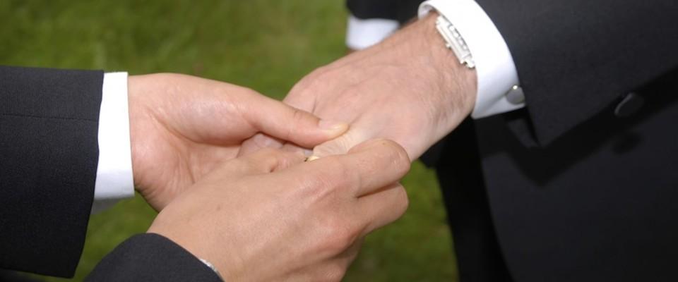 le lenti a contatto immagini incontri gay salerno e provincia