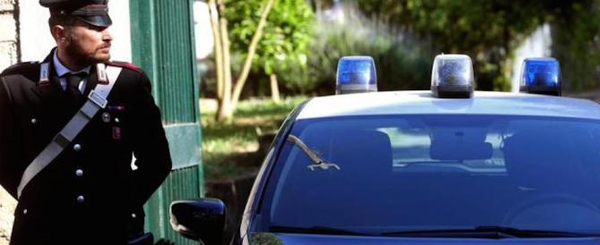 """Duplice omicidio a Roma. Il messaggio dell'assassino: """"contattare il notaio"""""""