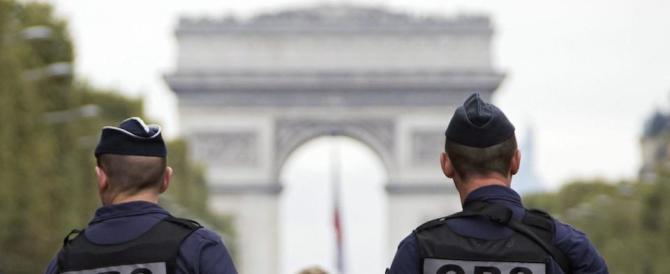Dilaga la protesta dei poliziotti francesi. E Hollande brancola nel buio