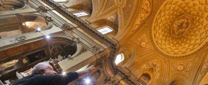 Calcinacci e crepe nelle chiese di Roma. Colpita anche Sant'Eustachio