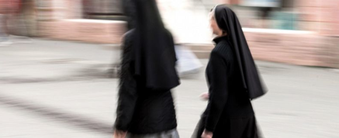 Paura a Roma, bulgaro senza fissa dimora prova a estorcere denaro alle suore
