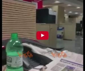 Il terremoto in redazione. La scossa delle 21,18 a Roma (VIDEO)