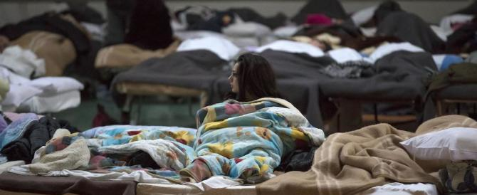 Terremoto, altre scosse nella notte. Ecco i numeri di una tragedia in corso