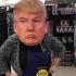 """Halloween, è """"Trump mania"""": la sua maschera batte quella di Hillary"""