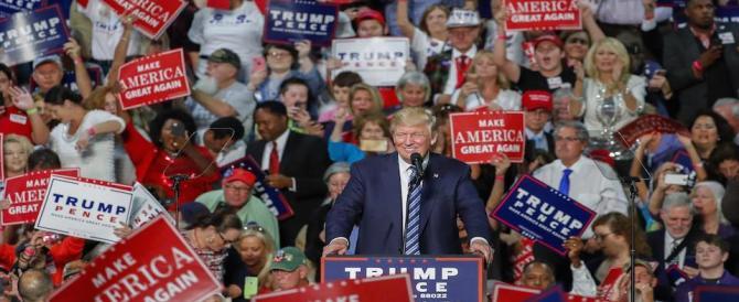Trump: vogliono avvelenare le menti per far vincere la corrotta Hillary