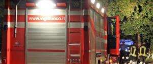Salerno, in fiamme auto di un dirigente di FdI-An. Si batte la pista politica