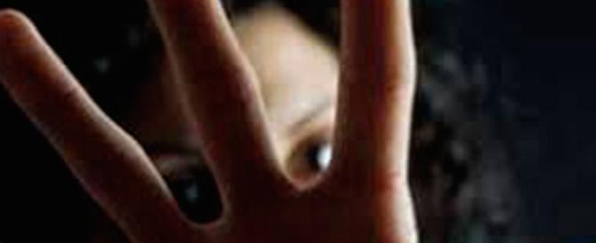 Dopo le minacce aggredisce la ex col coltello: arrestato stalker bengalese