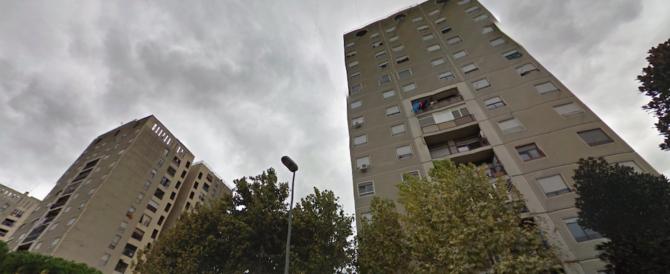 Tor Bella Monaca, faida fra donne a colpi d'accetta: manette a una 26enne