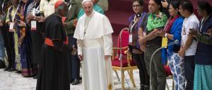 Il Papa contro i poteri forti: «Scandalo salvare le banche e non le persone»