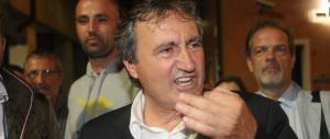 Brugnaro manda un militante dei centri sociali al diavolo: «Vieni fuori»