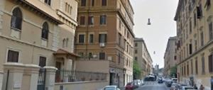 Paura a Roma, crepe in un palazzo a Porta Maggiore: 20 famiglie evacuate