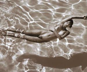 Suicida il fotografo David Hamilton: era il re dei nudi d'autore (fotogallery)