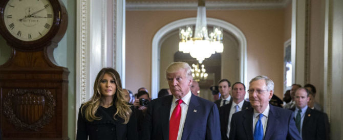 """Donald Trump: """"Cacceremo dagli USA tre milioni di immigrati illegali"""""""