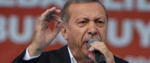 Erdogan minaccia l'Europa: «Lasceremo passare i migranti»