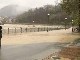 Piemonte, la piena del Tanaro: il fiume a rischio esondazione (video)