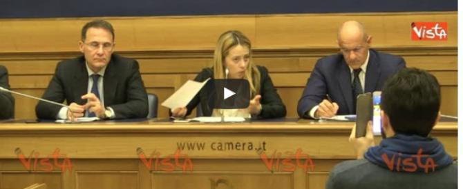 Meloni chiede a Renzi di spostare il G7 in una delle zone terremotate (video)
