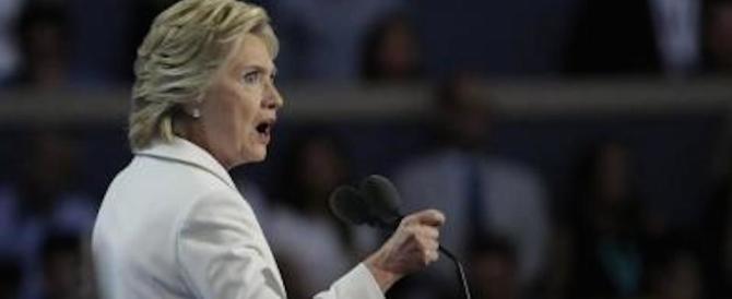 Hillary concede la vittoria a Trump e nella Duma scattano gli applausi
