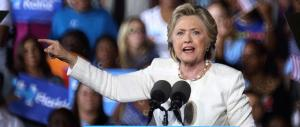 Hillary Clinton molla tutto: «Vorrei non uscire più di casa e leggere libri»