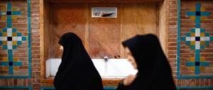 Choc in Iran, 120 medici denunciano: 350.000 gli aborti illegali ogni anno