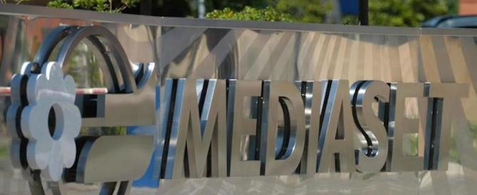 """Mediaset, il governo vigile su Vivendi. Ma no a una """"golden power"""""""
