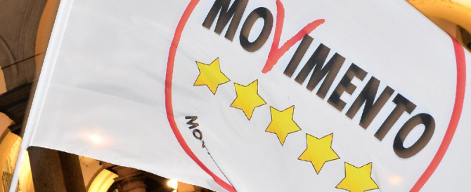 "M5S, lo scandalo s'allarga: non solo firme false ma anche ""clonate"""