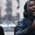 Guerriglia a Torino, profughi in strada seminano terrore contro i residenti (video)