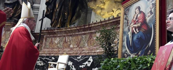 """Il Papa corregge Radio Maria: """"Non usate il nome di Dio per spaventare"""""""