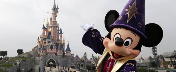 Disneyland Parigi nel mirino dell'Isis: i jihadisti volevano un Natale di sangue