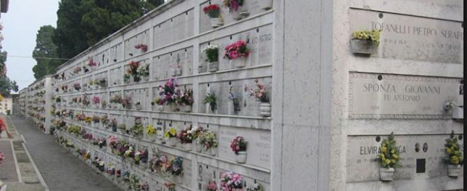 Il Papa a Prima Porta: i fiori che portiamo ai defunti sono segno di speranza