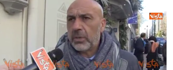 Amatrice, arrivate le prime casette per 25 famiglie: Pirozzi si commuove (video)