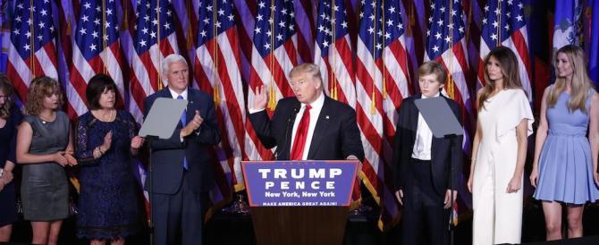 """Trump """"stende"""" i giornalisti amici della Clinton: «Siete bugiardi, vergognatevi»"""