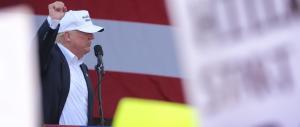 Trump, ultimo bagno di folla in Pennsylvania: «Ora si volta pagina»