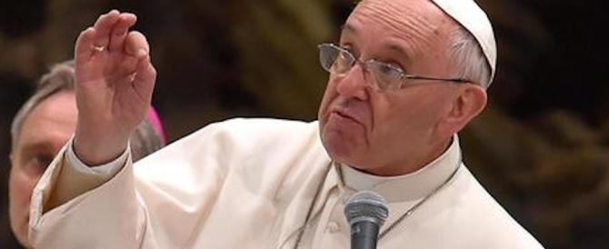 Papa Francesco concede per sempre l'assoluzione dal peccato di aborto