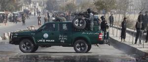 Afghanistan, attentatore si fa esplodere in moschea: morti e feriti