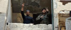 L'esercito di Assad libera Aleppo: migliaia in fuga per colpa dell'Isis